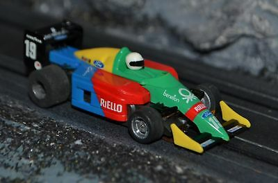 Tyco 440 F1 Long nose Benetton Green Yellow Blue & Red #19 HO scale slot car