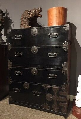 Japanese Antiques Lacquer Isho Tansu Closhthing Chest.