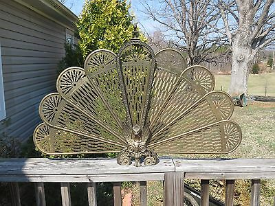 ANTIQUE VINTAGE BRASS FIREPLACE FIRE SCREEN GUARDIAN LION Griffin