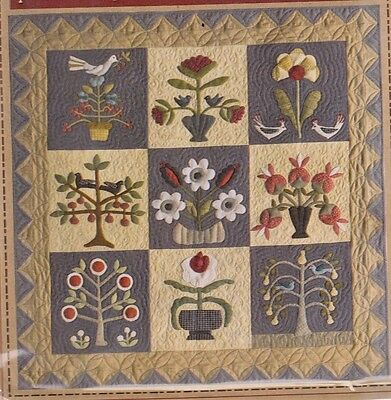 Pick Your Flowers - pieced & applique quilt PATTERN - Timeless Traditions