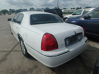 Lincoln Town Car Driver Left Tail Light 2003 2008 2009 2010 2011