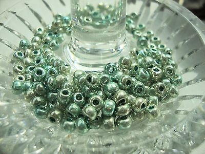 6/0 czech loose seed beads 2 colors metallic green lustre 40 grams