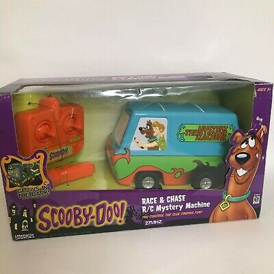 Scooby Doo Race & Chase R/C Mystery Machine- Very Rare and Collectible