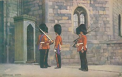 POSTCARD    MILITARY    Changing  Guard       TUCK