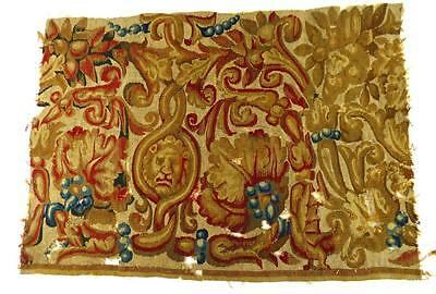 17TH or 18TH CENTURY FLEMISH FRENCH BELGIUM TAPESTRY FRAGMENT LION b