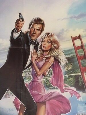 """Classic Bond """"a View To A Kill """" Roger Moore"""