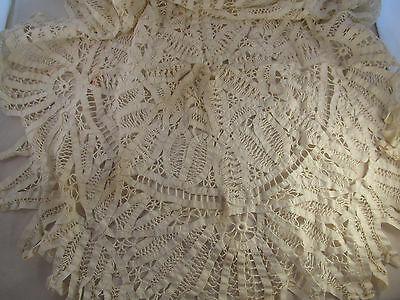 TRUE Vintage Antique Round Battenburg Lace Tablecloth