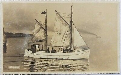 POLAND 1920s UNUSED REAL PHOTO PICTURE POST CARD FISHING VESSEL / YACHT GDYNIA