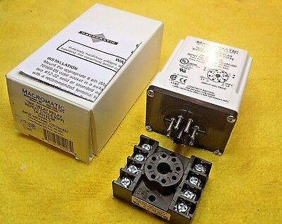 Macromatic TR-53122-08 Repeat Cycle (OFF) Time Delay Relay 0.6 to 60 Sec.120 Vac