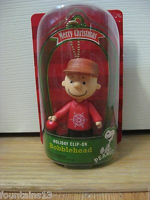 CHARLIE BROWN PEANUTS BOBBLEHEAD Clip-On Christmas Holiday 2013 Lot of 2