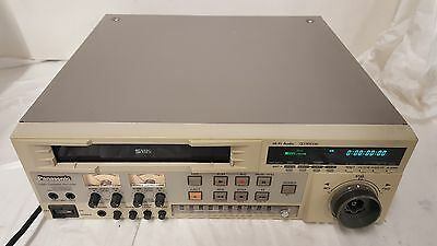 Panasonic AG-DS555P SuperDeck S-VHS Professional HiFi Video Recorder Editor