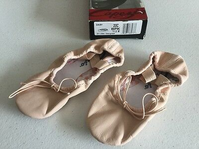 Capezio Girls Daisy Pink Leather Ballet Shoes 11.5