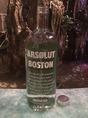 Limited Edition Empty Absolut Vodka Boston Collector Bottle - Red Sox Fans !!!