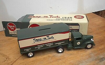 Snap-On Die Cast Diamond T Tractor Trailer Bank