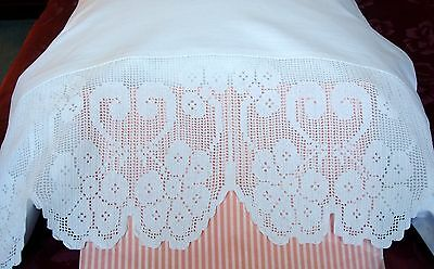 Pair White Pure Cotton Pillowcases / Vintage Crocheted Lace ~ Pristine Condition
