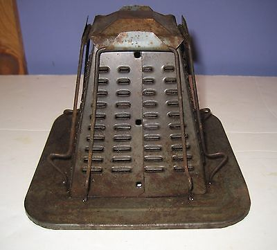 Vintage 4 slice Campfire or Stove Top Primitive Pyramid Toaster