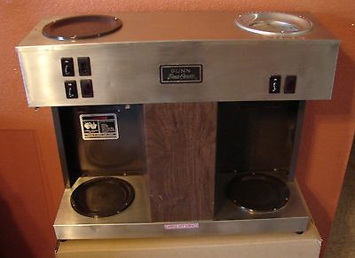 BUNN VPS POUROVER COFFEE BREWER 12 cup  3 warmer,