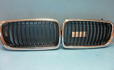 Set Front Hood Grills Left & Right Replace BMW OEM # 51138231593/94 Chrome Black