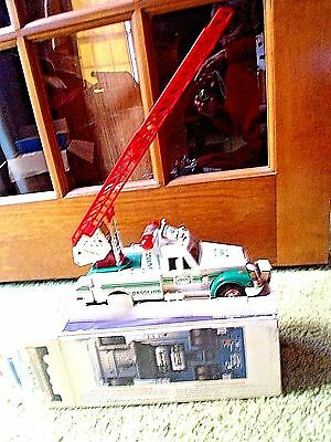 Hess 1994 Toy Rescue Gasoline Truck In Original Box