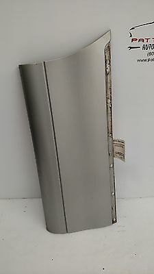 1999 LINCOLN & TOWN CAR Passenger Right Lower Outer Rear Door Moulding (Scratch)