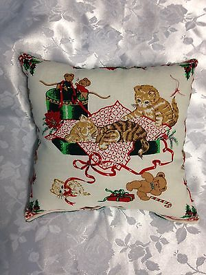 Christmas Kittens in Blanket Print Holiday Pillow Green Back NEW