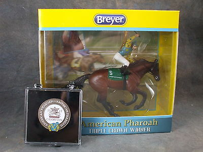 **AMERICAN PHAROAH** Breyer Ornament #9179... plus BONUS Triple Crown Pin!