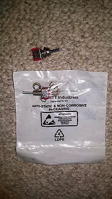 105P3YZQE, Toggle Switch Toggle SPDT Mom-Off-Mom, C&K Components