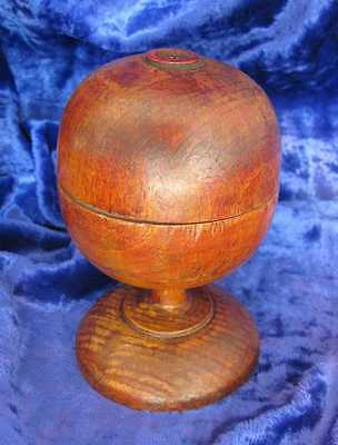 1800s ANTIQUE MEDICAL APOTHECARY WOODEN PILL SILVERER w/SILVER DUST RESIDUE
