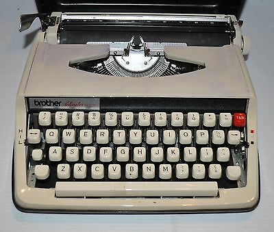 vintage BROTHER ACTIVATOR 800T Typewriter with Case - rj