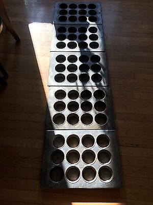 Chicago Metallic 12 Cup Muffin Pans Bakery Equipment LOT of 5 Bakery Equipment