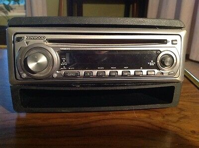 Kenwood Kdc-132 Car Stereo With Removeable Face Plate