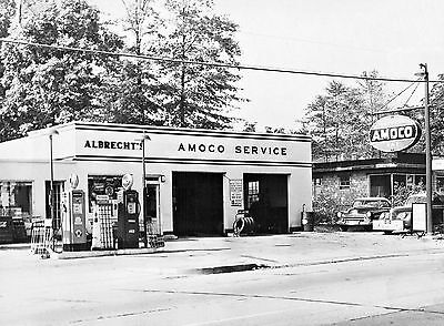 VINTAGE AMOCO AMERICAN GAS STATION ALBRECHT'S OIL CAN RACKS 8x10 glossy