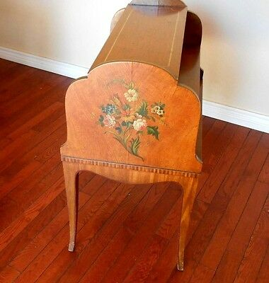 1926 Royal Furniture Robert W Irwin Hand Painted 3 Tier End Table Very Good Cond
