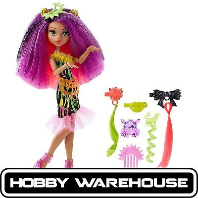 Monster High Electrified Monstrous Hair Ghouls - Clawdeen Wolf Doll