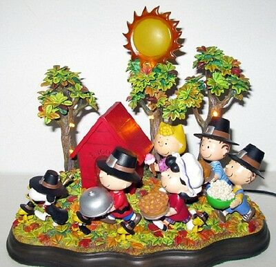"Danbury Mint PEANUTS ""A Time To Give Thanks"" Thanksgiving Lighted SCULPTURE"