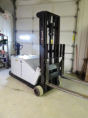 Bt Lifters 4000 Lb Walk Behind Electric Forklift W/ Charger
