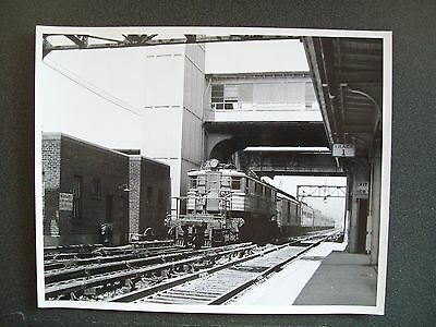 Nyc New York Central Tr #2 The Pacemaker - Electric #330 - 8X10 B&w Photo - 1962