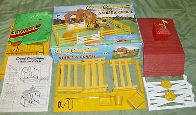Rare Marchon 50021 Play Set Grand Champions 1992 Stable & Corral In The Box
