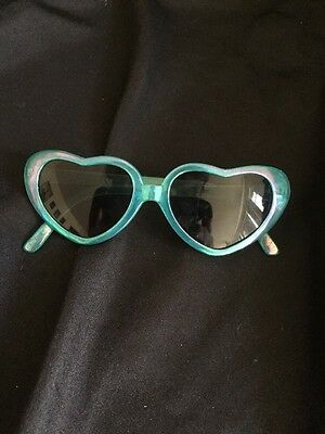 Baby Sunglasses Blue Heart Shaped EUC The Children's Place Size 0-2 Years