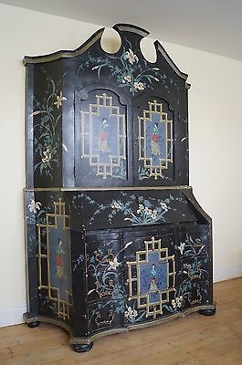 Chinoiserie Cabinet. Bureau. Chest. 18th C.  Stunning. Dresser - We Can Deliver