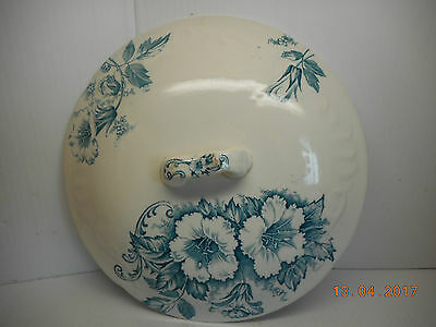 antique chamber pot lid w blue pale floral transferware on white ironstone