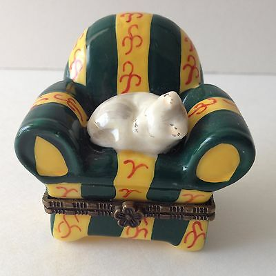 Vintage Cat Trinket Jewelry Box Porcelain China White Persian Nap Time Hinged