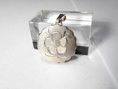 1970's VINTAGE STERLING SILVER PICTURE LOCKET (PENDANT)