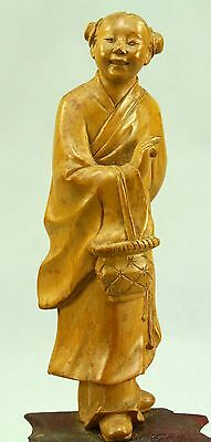 ! Antique FINE Chinese Carved Wood Figurine Statue of Young Lady, on Pedestal