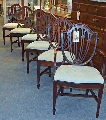 Set of 6 MAHOGANY TRADITIONAL Style SHIELD BACK CHAIRS Circa 1940's