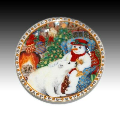 "Royal Worcester Sue Scullard ""A Gift For Christmas"" Small Pin Dish - 2001"