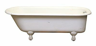 Cast Iron Vintage Claw Foot Tub