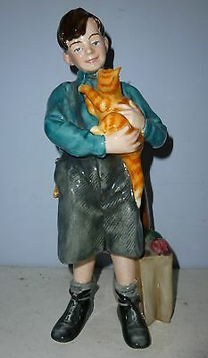 DOULTON Evacueee Figure - WELCOME HOME HN3299 - Children of the Blitz