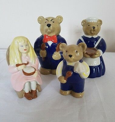 WADE collectables  - SET Goldilocks And The Three Bears.