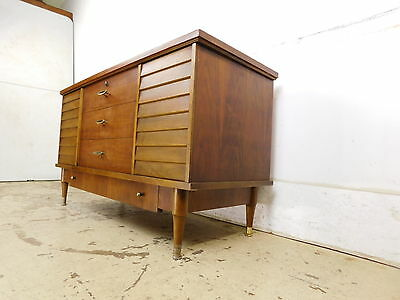 1950s MCM Mid Century Modern Floating Louvers Walnut Blanket Cedar Chest Drawer
